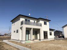 久喜市リビングにエコカラットと間接照明のある家-N様邸